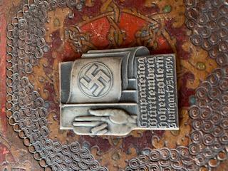 Médailles, insignes WW1 / WW2 à identifier / Merci d'avance 1a919110