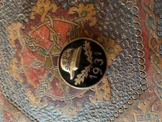 Médailles, insignes WW1 / WW2 à identifier / Merci d'avance Ac46a710