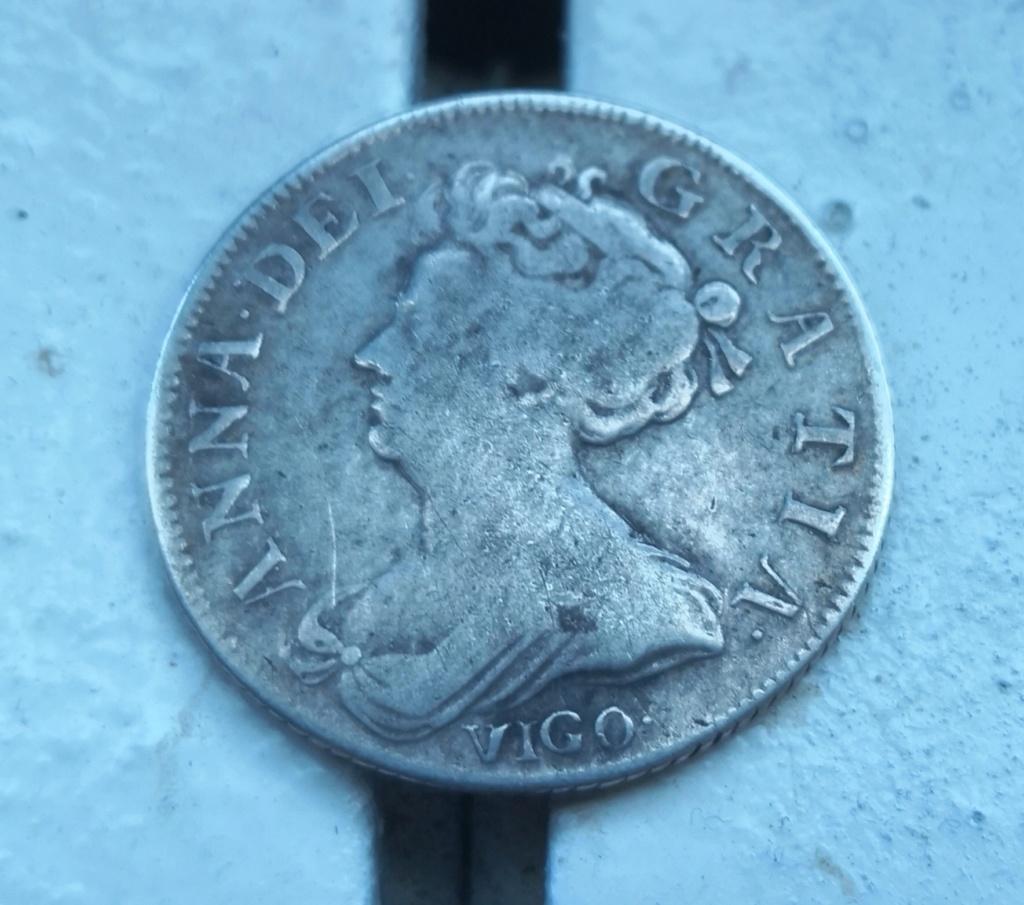 1 shilling Anne 1703 vigo.  Img_2024