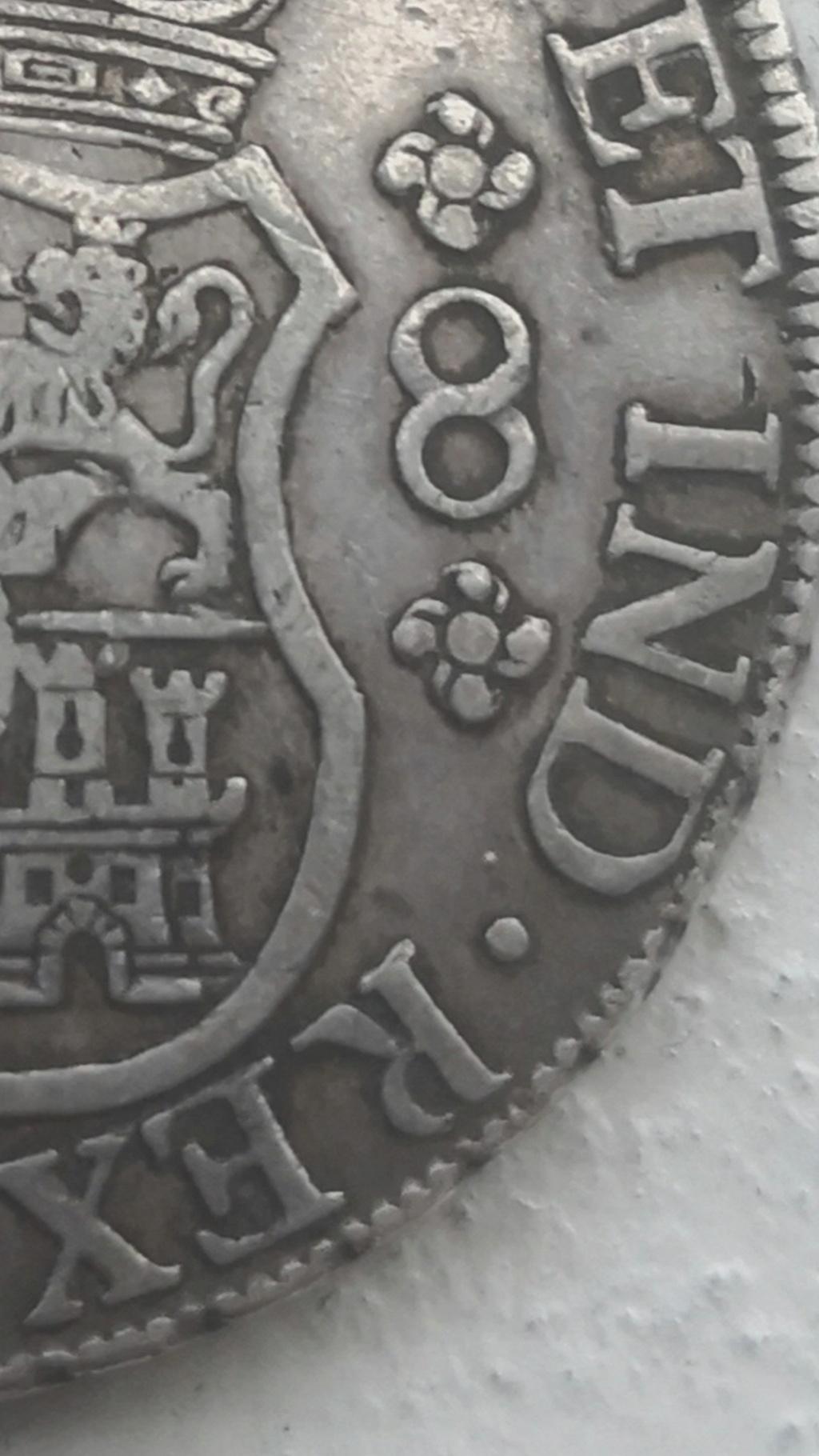 8 Reales de tipo columnario de Carlos III, año 1767. Screen14