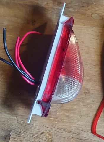 Refabrication d'une platine de feu latéral (clignotant et feu position) Protot12
