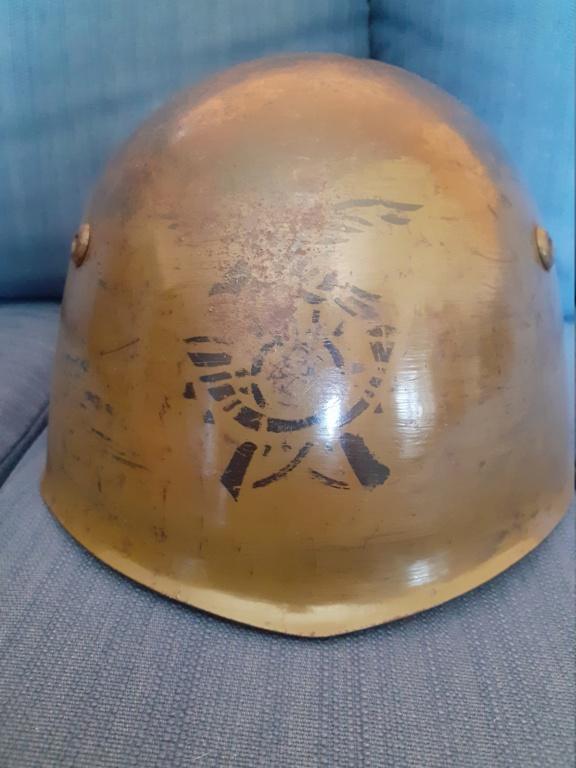 Identification insigne casque italien ww2  20210461