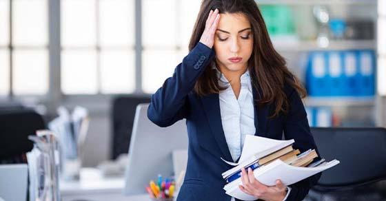 الأخطاء في العمل كيف أستعيد ثقة المدير؟ Aeye_a10