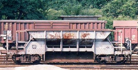 Wagon trémie ARBED Sy1810
