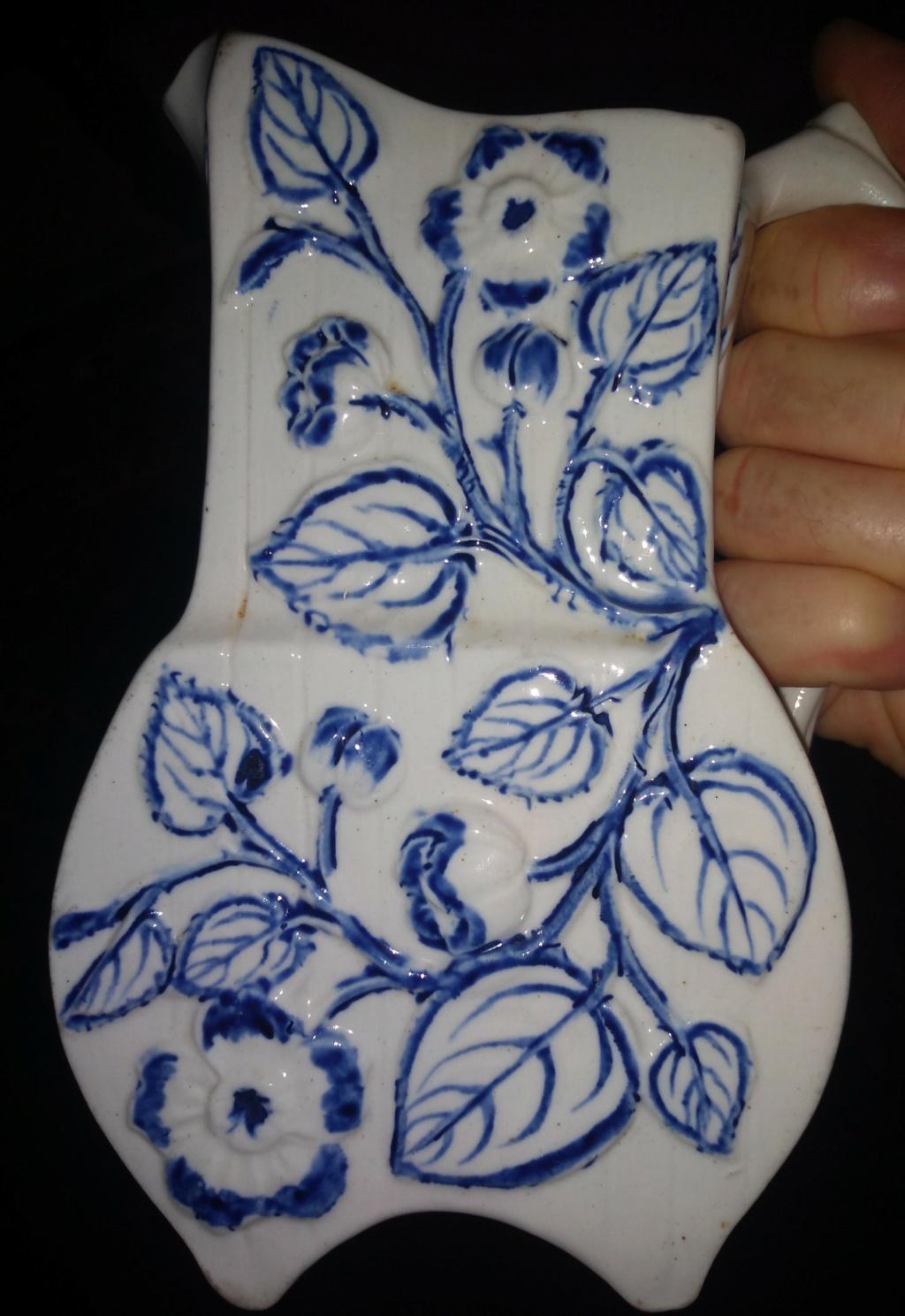 mystery porcelain vase Img_2013