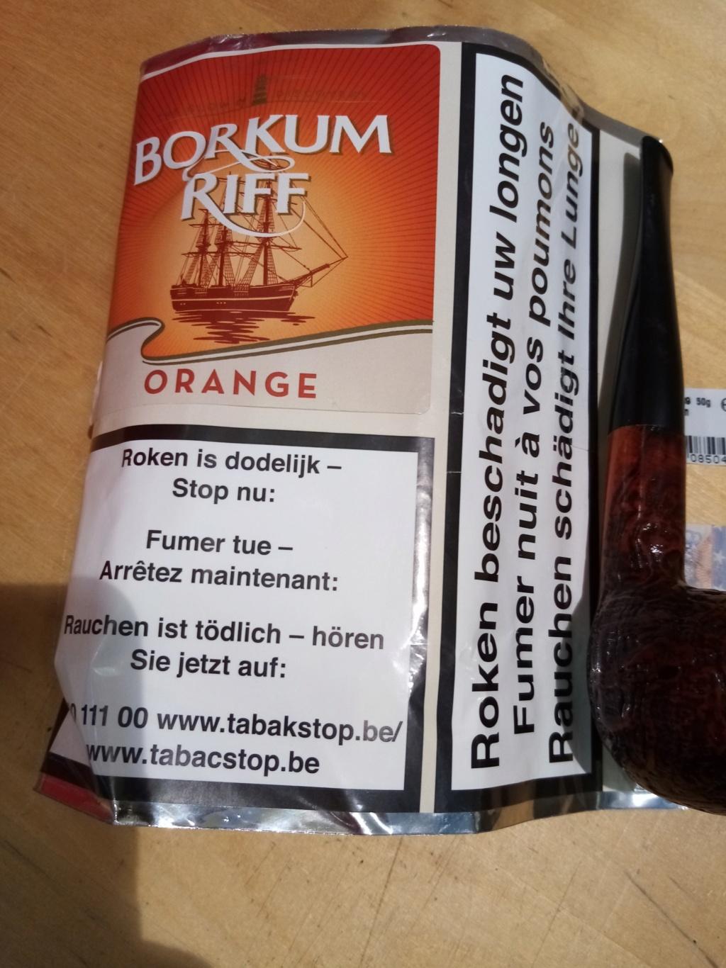 Dimanche 24, à la Saint François, du bon tabac dans vos foyers de bois, et des bonnes effluves dans vos Sales ... Img_2012