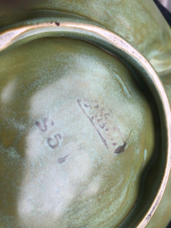 Leaf shaped dish - art nouveau?  9fa70710