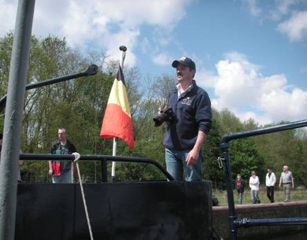 photos de la réunion des anciens à Ittre le 1er mai 2010 - Page 8 Image018