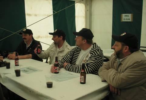 photos de la réunion des anciens à Ittre le 1er mai 2010 - Page 8 Image035