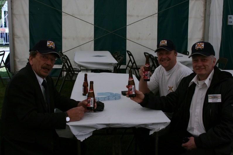 photos de la réunion des anciens à Ittre le 1er mai 2010 - Page 4 Raunio12