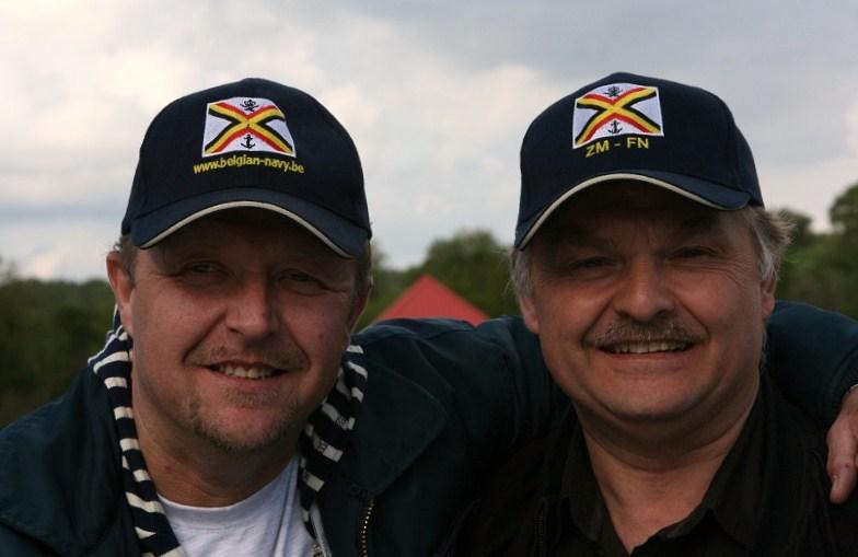 photos de la réunion des anciens à Ittre le 1er mai 2010 - Page 4 Raunio24
