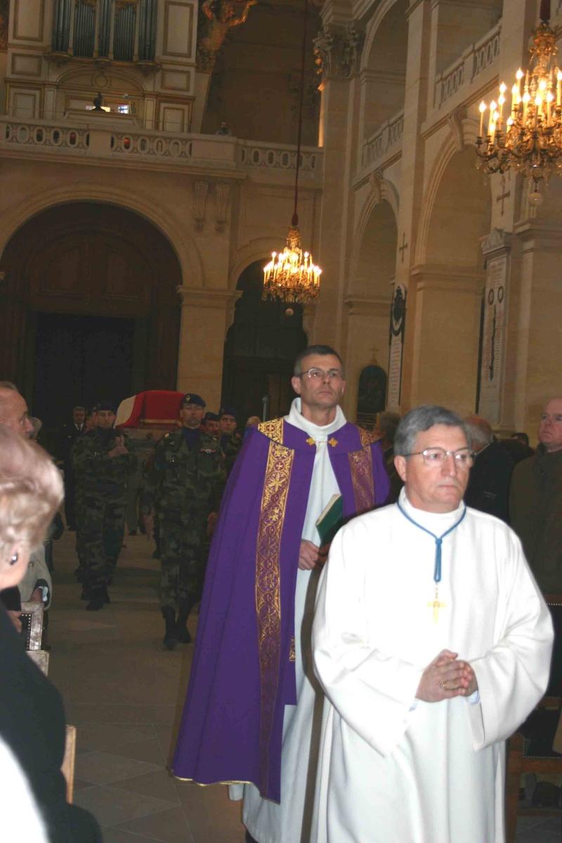 DEODAT du PUY-MONTBRUN colonel - Cérémonie INVALIDES 27 févier 2009 02-arr10