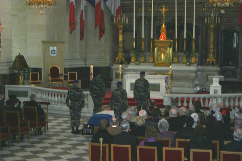DEODAT du PUY-MONTBRUN colonel - Cérémonie INVALIDES 27 févier 2009 05-cer10
