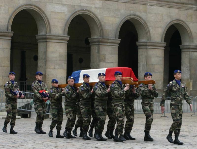 DEODAT du PUY-MONTBRUN colonel - Cérémonie INVALIDES 27 févier 2009 07_rad10
