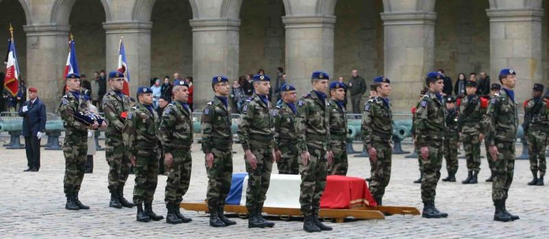 DEODAT du PUY-MONTBRUN colonel - Cérémonie INVALIDES 27 févier 2009 09_rad10