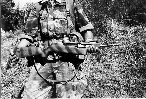 Arme prise aux fells par les paras du 14e RCP Arme_f11