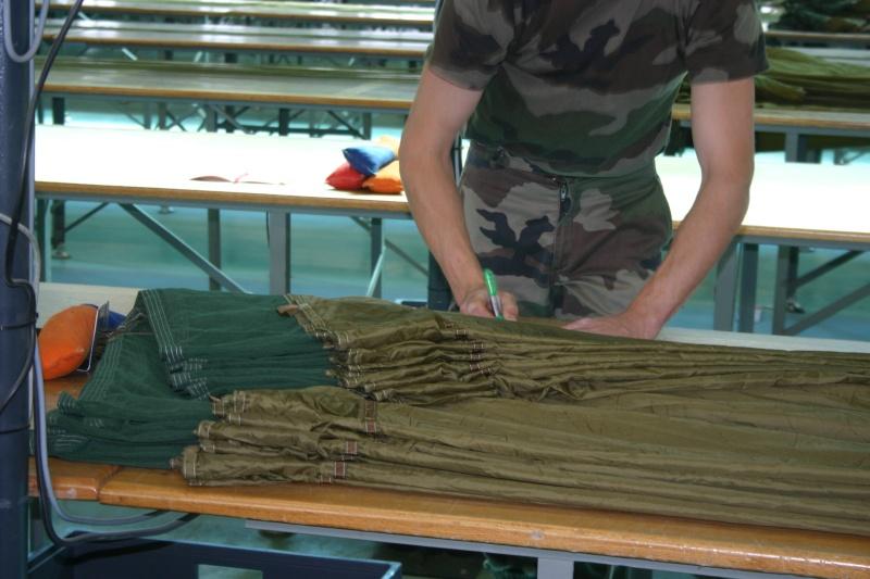 Pliage des parachutes : unique en France Avant_10