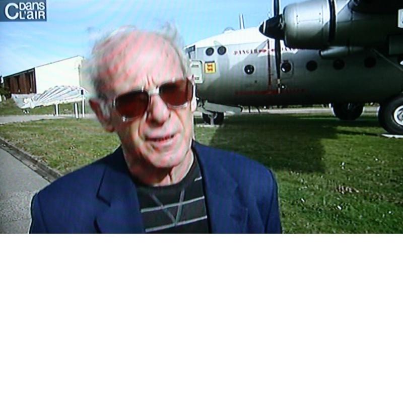 """Ce soir sur FR5 """"C'dans l'air"""" des parachutistes nous parlent avec nostalgie de l'ancien service national Daniel10"""
