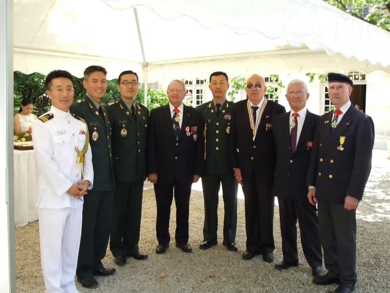 Bataillon de Corée - 60e anniversaire Cocktail dans les jardins des Invalides Dscf0110
