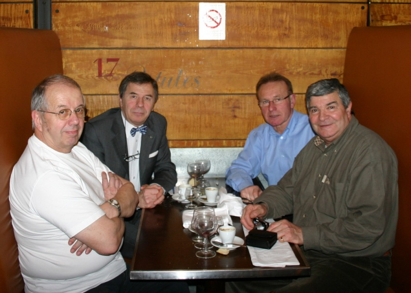 """Déjeuner de cohésion - 14e RCP -1er RCP - le 28 janvier 2010 toujours au """"Cadran"""" Img_5611"""