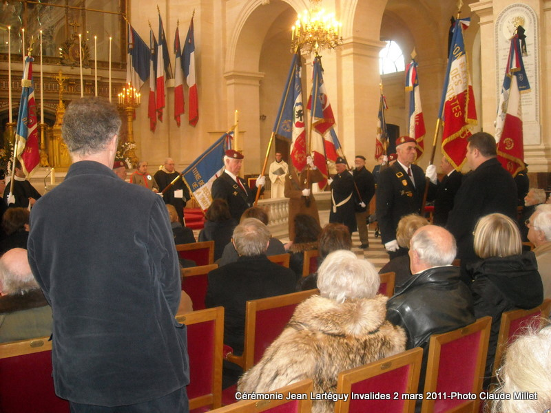 LARTEGUY Jean - capitaine - hommage au reporter et à l'écrivain - Page 2 Larteg19