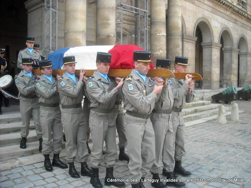 LARTEGUY Jean - capitaine - hommage au reporter et à l'écrivain - Page 2 Larteg26