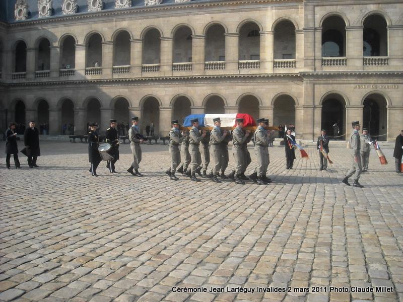 LARTEGUY Jean - capitaine - hommage au reporter et à l'écrivain - Page 2 Larteg28