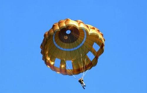 L'affaire des parachutes EPC des troupes aéroportées Parach10