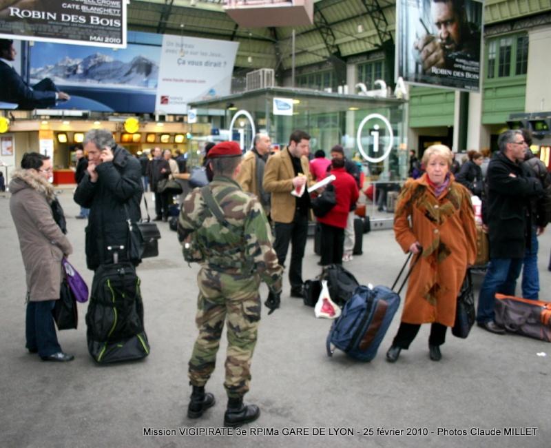 """3e RPIMa mission """"vigipirate"""" GARE DE LYON le 25 février 2010 Vigipi11"""
