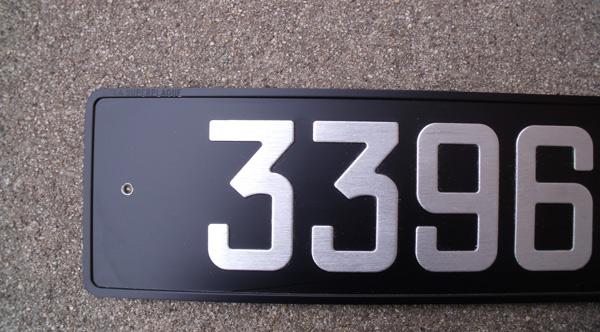 Plaques noir pour 0€ 610