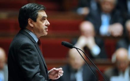 Le Premier ministre appelle l'opposition a de la mesure Franao12