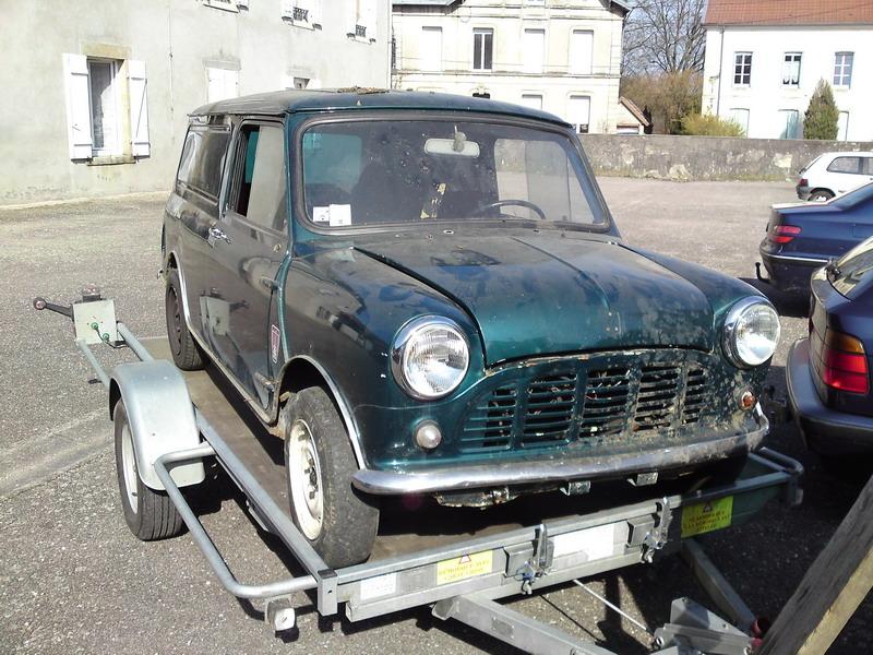 Fefeu52 : Mini Van P23-0310