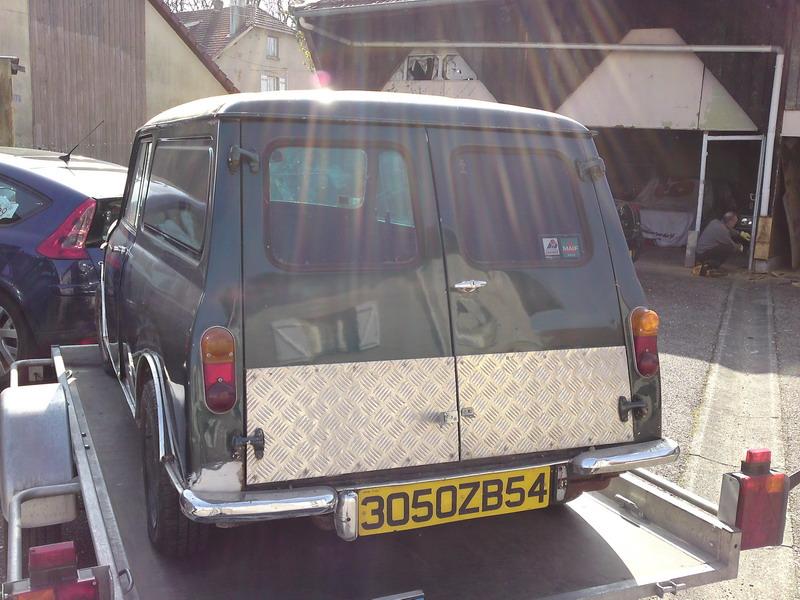 Fefeu52 : Mini Van P23-0312
