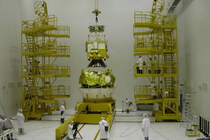 Adapteur et Fregat 09112010