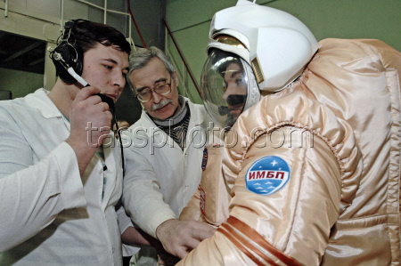 Mars-500 -  Programme expérimental russe - Page 6 11689410