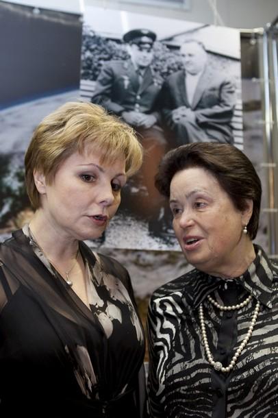 50 ème anniversaire Vol Gagarine - Page 5 Azer10