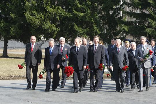Poutine visite le centre de formation des cosmonautes E10