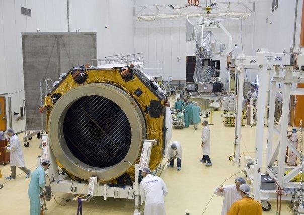 Ariane 5 ECA V188 / Herschel & Planck (14/05/2009) - Page 2 N1504317