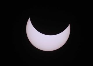 Eclipse partielle du Soleil le 4 janvier 2011 Eclips10