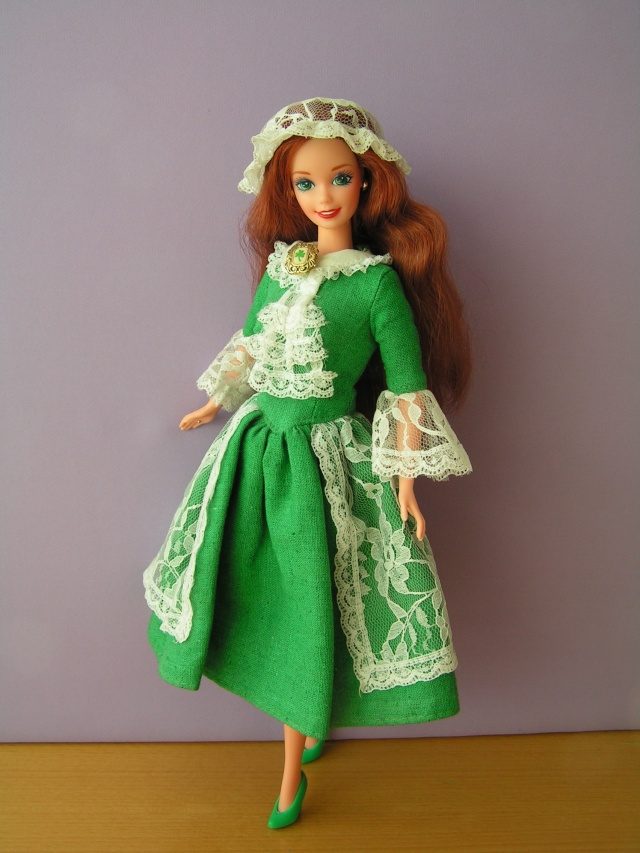 DOLLS OF THE WORLD Pict4413