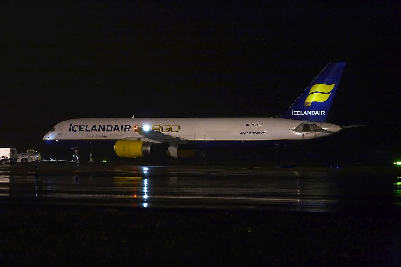 [TF-FIH] 757-200 PCF  Icelandair Cargo Img_7611