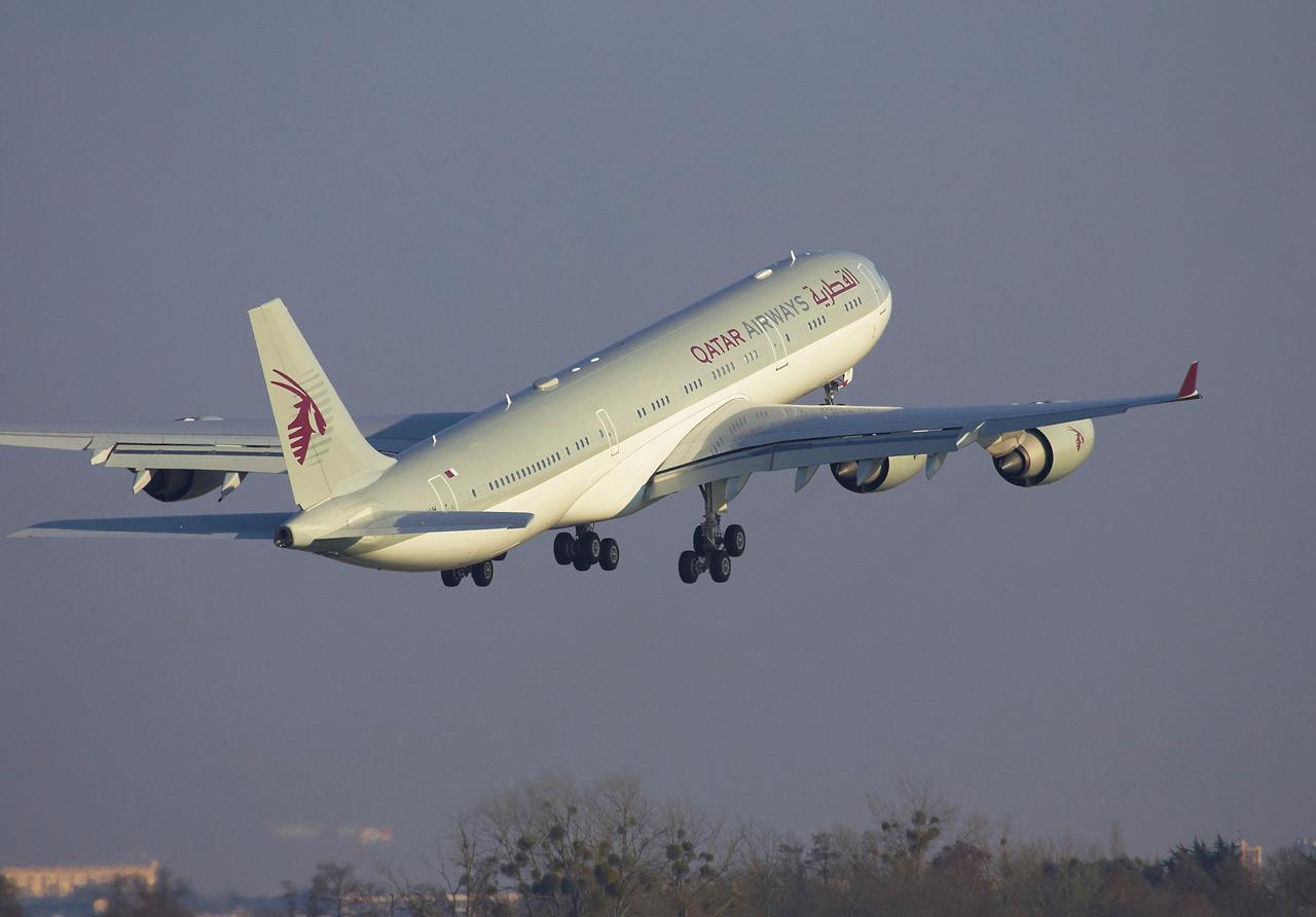 Spotting du 07/03/2010: A345 Qatar Jp0r9515
