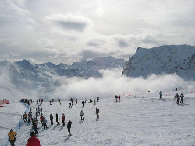[Val'2009]Du 30/01 au 14/02/2009 Val D'Isère va vibrer ! - Page 2 Img_0049