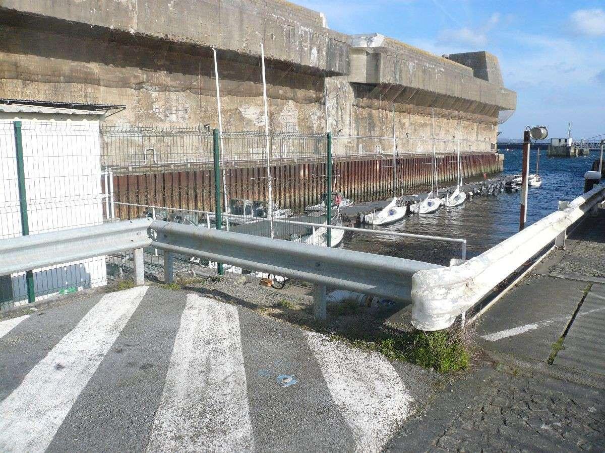 [Les ports militaires de métropole] Port de Brest - TOME 1 - Page 7 12_la_10