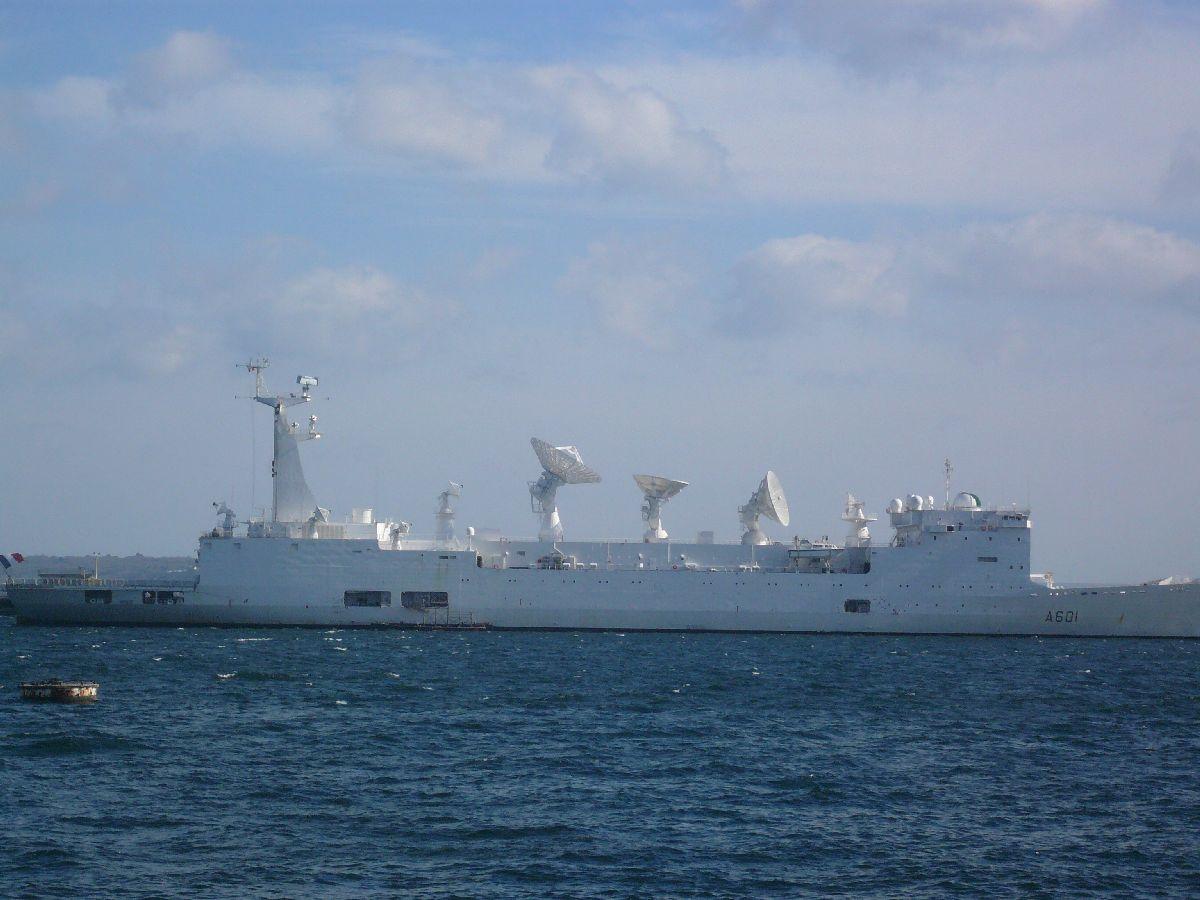 [Les ports militaires de métropole] Port de Brest - TOME 1 - Page 7 16_et_10