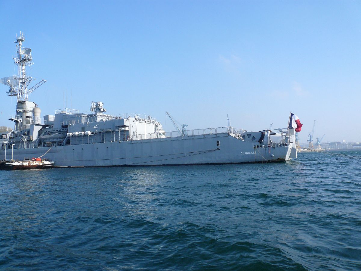 [Les ports militaires de métropole] Port de Brest - TOME 1 - Page 20 27_ple10