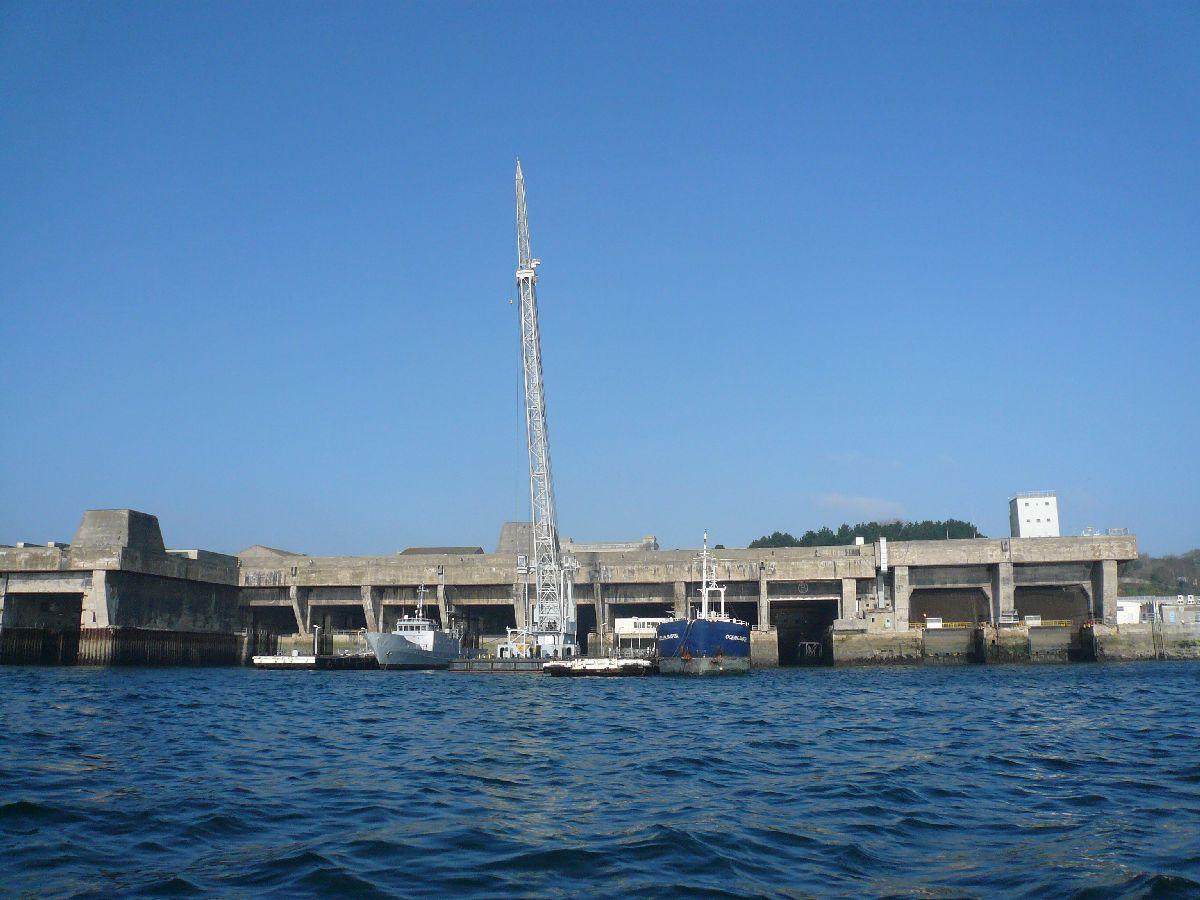 [Les ports militaires de métropole] Port de Brest - TOME 1 - Page 20 33reto10