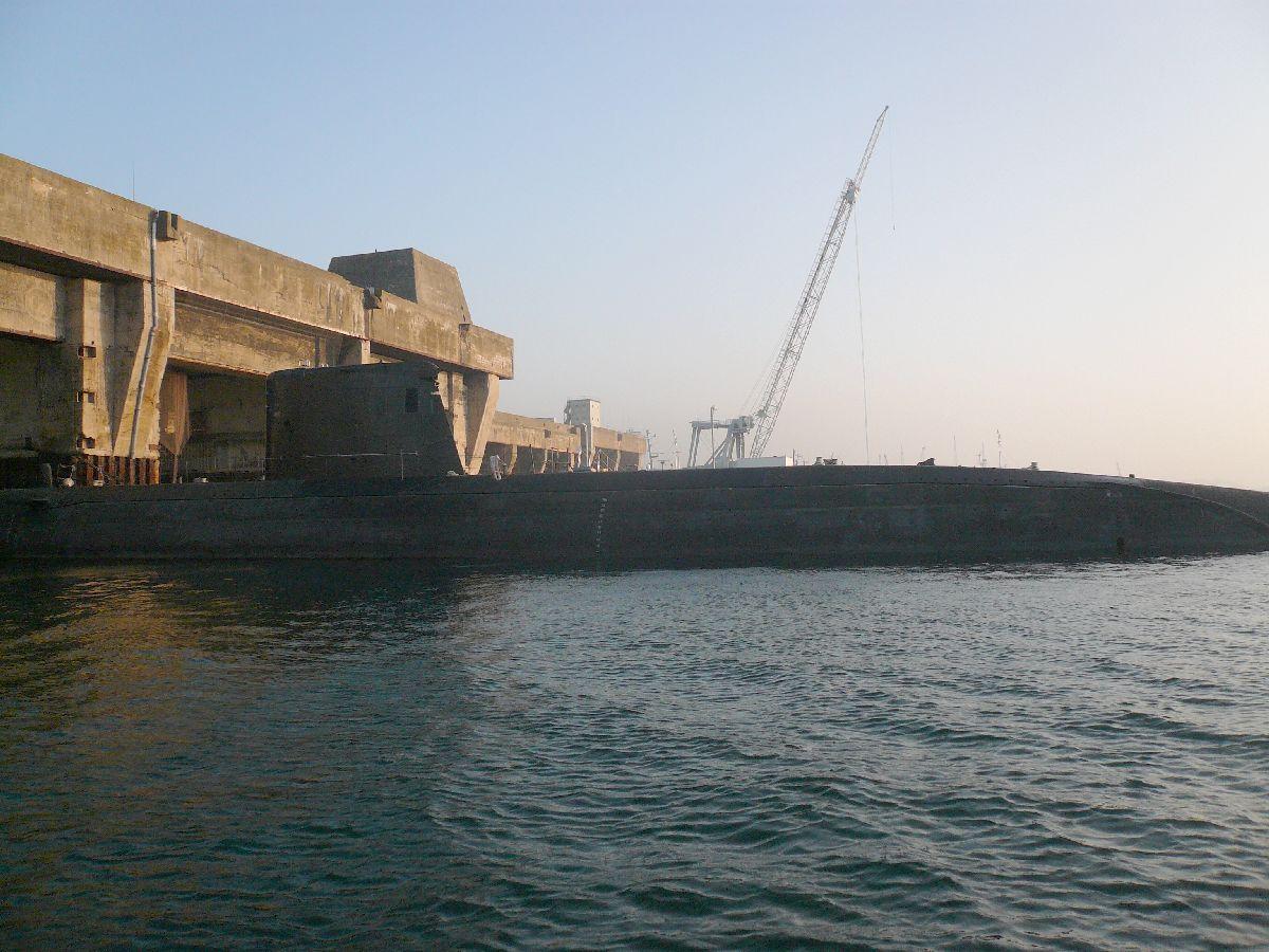[Les ports militaires de métropole] Port de Brest - TOME 1 - Page 20 6que_v10