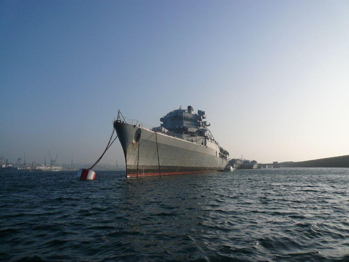[Les ports militaires de métropole] Port de Brest - TOME 1 - Page 20 8elle_10