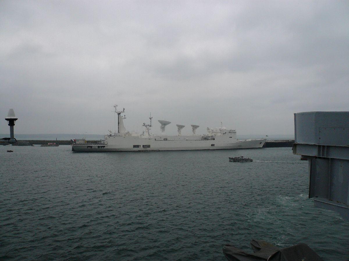 [Les ports militaires de métropole] Port de Brest - TOME 1 - Page 21 9le_mo10